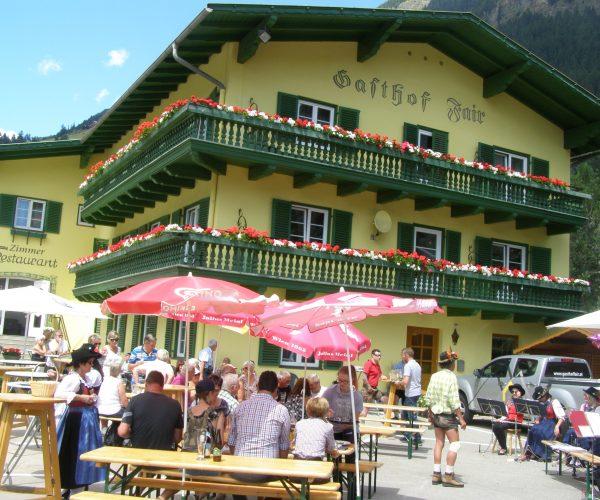 Frühschoppen beim Gasthof Fair in Mörtschach